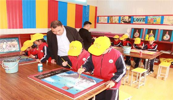 济源一所学校坚持8年为学生免费午托 大多数家长无需接送孩子